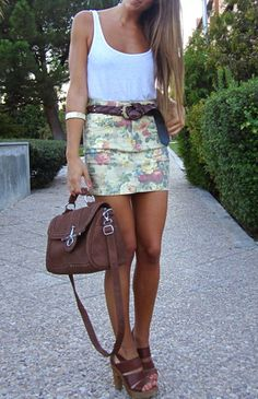 """Rue 21 has the jeans that mach this skirt, """"so hopefully they have the skirt also,  fashforfashion -♛ STYLE INSPIRATIONS♛: skirt"""