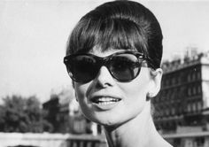 Audrey Hepburn photographed in her trend-setting Ray-Bans during publicity tour for Paris When It Sizzles by Roger-Viollet, June Audrey Hepburn Sunglasses, Audrey Hepburn Born, My Fair Lady, Antique Clothing, British Actresses, Fashion Gallery, Old Hollywood, Hollywood Glamour, Classic Hollywood