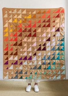 Prism Quilt In Spectrum Cotton One Stroke, Quilting Tutorials, Quilting Designs, Quilt Design, Quilting Ideas, Quilting Projects, Monster High, Bright Quilts, Homemade Quilts