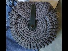 Crochet Snowflake Pattern, Crochet Snowflakes, Crocheted Bags, Crochet Hats, Purse Patterns, Sewing Hacks, Hand Embroidery, Pouch, Handbags