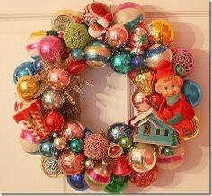 Vintage Christmas Ornament Wreath! Love!!!! mderr