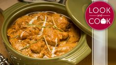 BUTTER CHICKEN (#LC14014) : Tender pieces of chicken cooked in a  deliciously rich makhani gravy, to give everyone's favourite Mughlai dish. Learn how to please audiences with our recipe of Butter Chicken here!  http://lookandcook.com/recipe/butter-chicken-recipe/