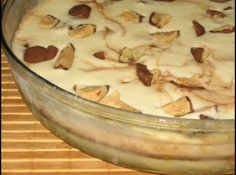 Receita de Torta sorvete de Sonho de Valsa - Ingredientes, 10 bombons Sonho de Valsa, 3 ovos, 2 latas de leite condensado, 2 latas de leite, 4 colheres (sopa) de Nescau, 4 colheres (sopa) de açúcar, 1 caixinha de creme de leite