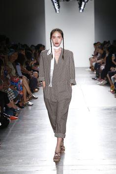 A Détacher Spring/Summer 2017 Ready-To-Wear Collection