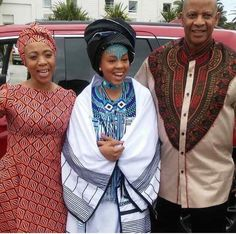 Pan Africanist bridal party Xhosa, shweshwe and dashiki Xhosa Attire, African Attire, African Wear, African Women, African Traditional Wedding, Traditional Fashion, Traditional Dresses, Traditional Weddings, African Print Dresses