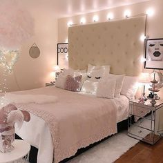 49 Gorgeous Small Bedroom Design Ideas Bedroom Ideas For Small Rooms Bedroom Design gorgeous Ideas Small Pink Bedroom Design, Pink Bedroom Decor, Small Bedroom Designs, Cozy Bedroom, Modern Bedroom, Bedroom Inspo, Bedroom Romantic, Light Pink Bedrooms, Bed Design