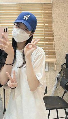 Hyun Soo, Baseball Hats, Instagram, Fashion, Moda, Baseball Caps, Fashion Styles, Caps Hats, Fashion Illustrations
