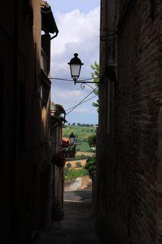 Ostra, Marche, Italy Photo by Celo Risi --suggestivo vicolo con lampione con vista campagna marchigiana