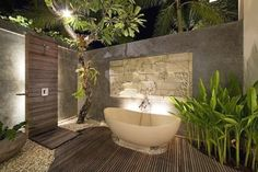Awesome Outdoor Jacuzzi Ideas for a Relaxing Weekend. With the flow of warm water and bursts of water that create bubbles, soaking in the outdoor Jacuzzi to relax and relieve stress. So you re-energize an. Balinese Bathroom, Natural Bathroom, Bathroom Spa, Modern Bathroom, Small Bathroom, Bathroom Ideas, Ikea Bathroom, Jacuzzi Outdoor, Outdoor Baths