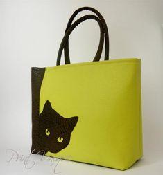 Artikel ähnlich wie Big Curiosity – Cat Applique Tote auf Etsy - My CMS Patchwork Bags, Quilted Bag, Diy Tote Bag, Reusable Tote Bags, Cat Applique, Diy Sac, Painted Bags, Cat Bag, Jute Bags