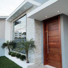 most popular new exterior house design ideas 8 Bungalow House Design, House Front Design, Modern House Design, Door Design, Wall Design, Minimalist House Design, Modern Exterior, Exterior Design, Exterior Signage