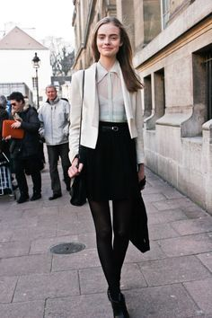 Black a line skirt+black tights + black angle boots