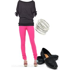 Change outt he toms for black wedges and that would be a hot outfit!!