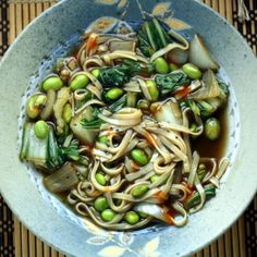 Vegetarian Pho (Pho Chay) from Healthy Green Kitchen. Looks easy. Healthy Breakfast Recipes, Healthy Foods To Eat, Healthy Eating, Healthy Recipes, Healthy Cooking, Easy Recipes, Vegetarian Pho, Vegetarian Recipes, Kitchens