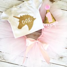 Hey, I found this really awesome Etsy listing at https://www.etsy.com/listing/485538764/unicorn-first-birthday-outfit-unicorn