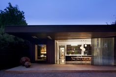 House in Ballarat by Moloney Architects