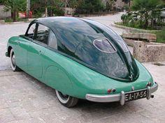 Tatra named the Tatraplan, was a large car from the Czech manufact… – En Güncel Araba Resimleri Unique Cars, Hot Cars, Cars And Motorcycles, Vintage Cars, Dream Cars, Classic Cars, Art Deco, Cool Stuff, Car Car
