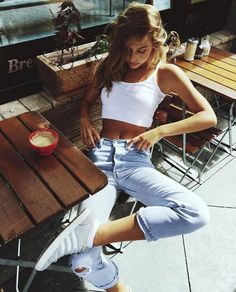 louvurs: GET HER OUTFIT HERE: white cami + ankle length slim boyfriend jeans                                                                                                                                                      More