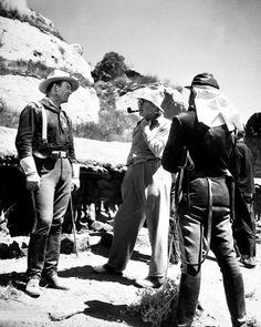 "Henry Fonda, John Ford y John Wayne in ""Fort Apache"", 1948"