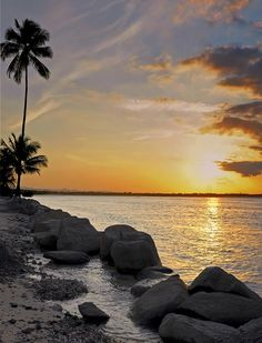 Tropical Beaches Art - Sunset Caribe by Stephen Anderson Caribbean Vacations, Dream Vacations, Vacation Spots, Nature Pictures, Cool Pictures, Cuba, Honeymoon Getaways, Tropical Beaches, Beautiful Sunrise