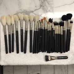 "Romero J on Twitter: ""Clean brushes ready for another day of shows #NYFW #macfwartist #maccosmetics #macbackstage #NYFW @MACcosmetics"