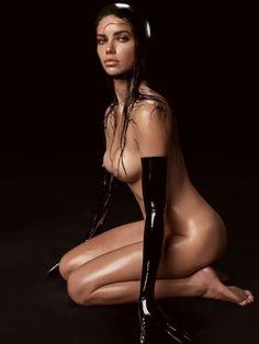 Adriana Lima | Vogue Alternative Fashion