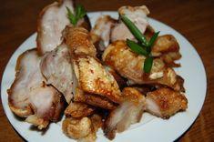 Benodigdheden: 1 kilo varkenspek met zwoerd 2 liter water een eetlepel suiker half eetlepel zout een glas rode wijn of chinese cooking ...