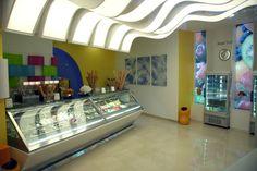Il Gelato Perrucci, bar-gelateria di Cerignola Gelato, Vanity, Mirror, Furniture, Home Decor, Dressing Tables, Ice Cream, Powder Room, Decoration Home