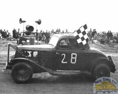 Drainage Channel, Checkered Flag, Car Makes, Sit Back, Antique Cars, Monster Trucks, Racing, Cutaway, Vintage Cars