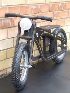 Zundapp Balance-bike, oldtimer style, bike for beginners by Anubisbikes