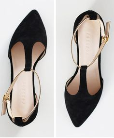 Material: Suede upper Color: Black, Any other color Width: Narrow, Medium(standard), Wide Platform/Heel: Smallest size: Made in Korea Cute Shoes, Me Too Shoes, Business Casual Shoes, Narrow Shoes, Pointed Toe Flats, Mode Style, Black Flats, Types Of Shoes, Fashion Shoes