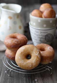 Donuts. Recipe in English and Spanish