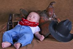 Here are some of the most adorable western infant clothes items you will ever see. Description from girlgloss.com. I searched for this on bing.com/images Western Baby Bedding, Western Baby Clothes, Western Nursery, Western Babies, Baby Crib Bedding, Country Babies, Cowboy Nursery, Western Theme, Country Life