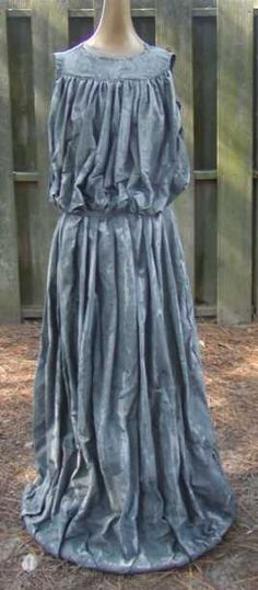 AWESOME how-to for a Weeping Angel costume.