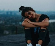 teenage girl photography Photo ideas (poses) for girls Best Photo Poses, Girl Photo Poses, Girl Poses, Picture Poses, Teenage Girl Photography, Tumblr Photography, Film Photography, Photography Ideas, Foto Tablet