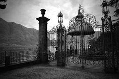 Beautiful entrance - Villa Olmo | Como #lakecomoville