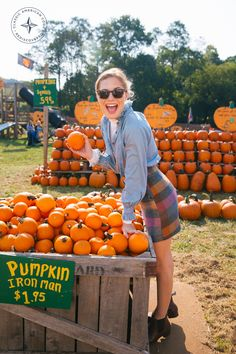 The October 2016 Lifestyle Guide New England Prep, Insta Goals, Pumpkin Farm, Country Fashion, Just Girly Things, Teacher Style, Hello Autumn, Girl Falling, Photoshoot Inspiration