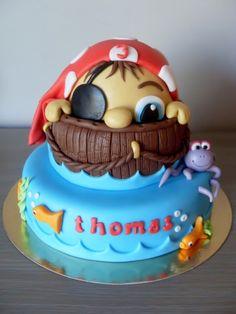 Peek a boo Pirate cake