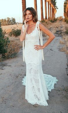 Daughters of Simone | O'keefe | Shop at our Dallas & Miami a&be Locations | Boho Bride | untraditional Brides | Lace Wedding Dresses | 70's Inspired Wedding Dress | Crochet | Lace Wedding Dress | Bohemian Weddings