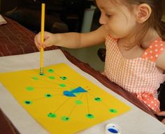 Zoo-inspired crafts from http://innerchildfun.com/2011/04/zoo-inspired-crafts.html