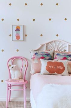 Loving this Gold polka dot feature wall. Mixes beautifully with pastel pink and mint green,