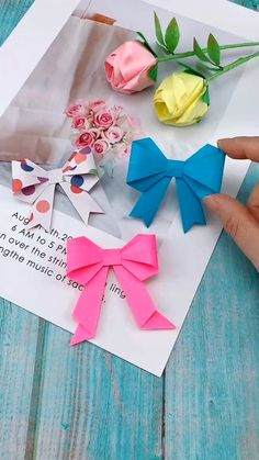 Previous Post DIY Bow-Knot Butterfly Tie – – You are in the right place about diy lamp Here we offer you the most beautiful pictures about the diy facile you are looking for. When you examine the DIY Bow-Knot Butterfly Tie – – part of the picture … Diy Crafts Hacks, Diy Crafts For Gifts, Diy Arts And Crafts, Creative Crafts, Fun Crafts, Crafts For Kids, Diy Projects, Diys, Paper Crafts Origami