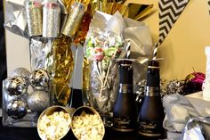 Pop Click Fizz New Years Eve Party