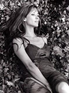Sophie | silk | flowers | garden | woman | female | beauty | soft | motherly |