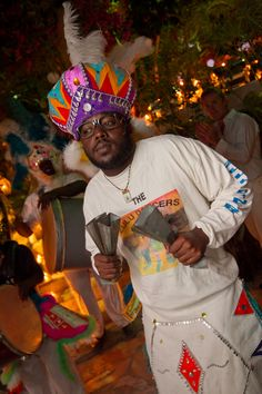 About Junkanoo in The Bahamas