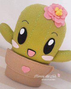 Cacto cute - moldes de feltro para baixar Felt Diy, Felt Crafts, Fabric Crafts, Diy And Crafts, Crafts For Kids, Fabric Toys, Felt Patterns, Stuffed Animal Patterns, Felt Dolls