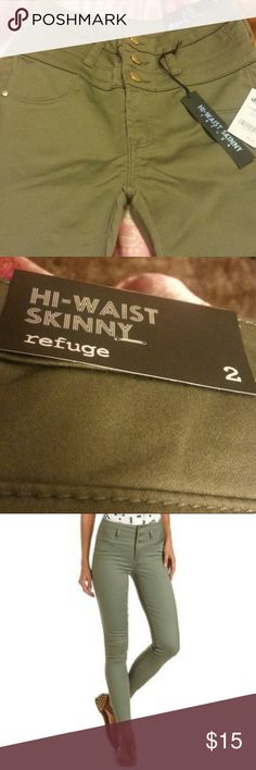 Olive green highwaisted skinny jeans Size 2 Never worn Love these jeans but they are too big for me! refuge Jeans Skinny