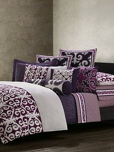 Loving the idea of a purple bed right now