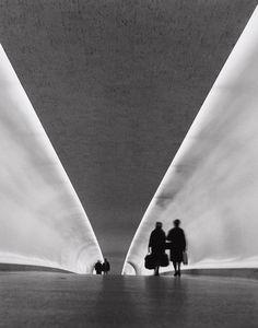 TWA Terminal, JFK Airport, New York City, USA 1962 © Bedrich Grunzweig Photo Archive