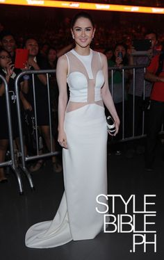 """Filipina actress Marian Rivera wearing her Rafe """"Lizelle"""" minaudiere as featured in Style Star 